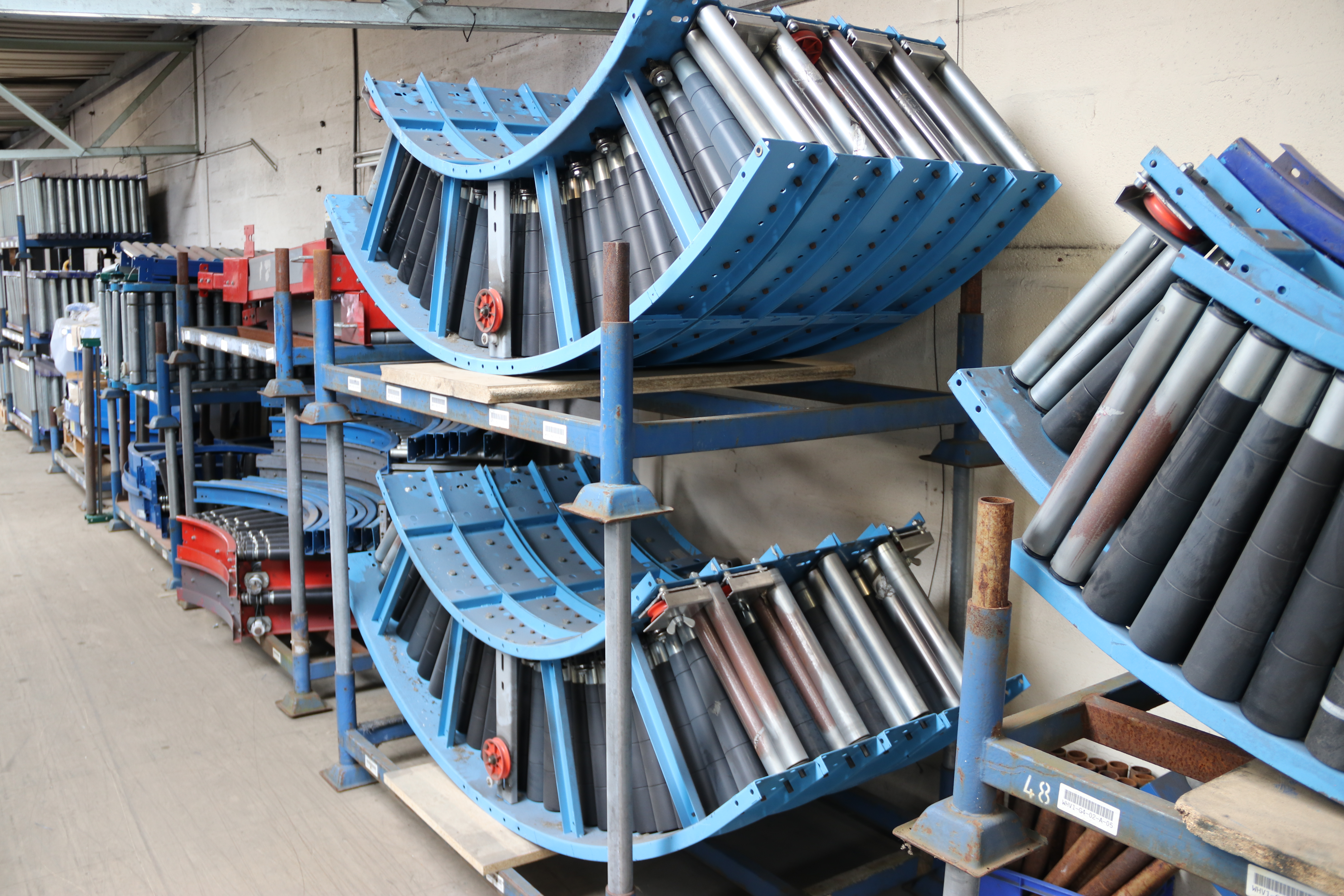 Used Gravity Bends & Used Powered Curves - Conveyor SectionsConveyor