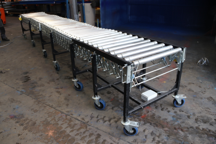 Secondhand expanding conveyor used powered flexible conveyor