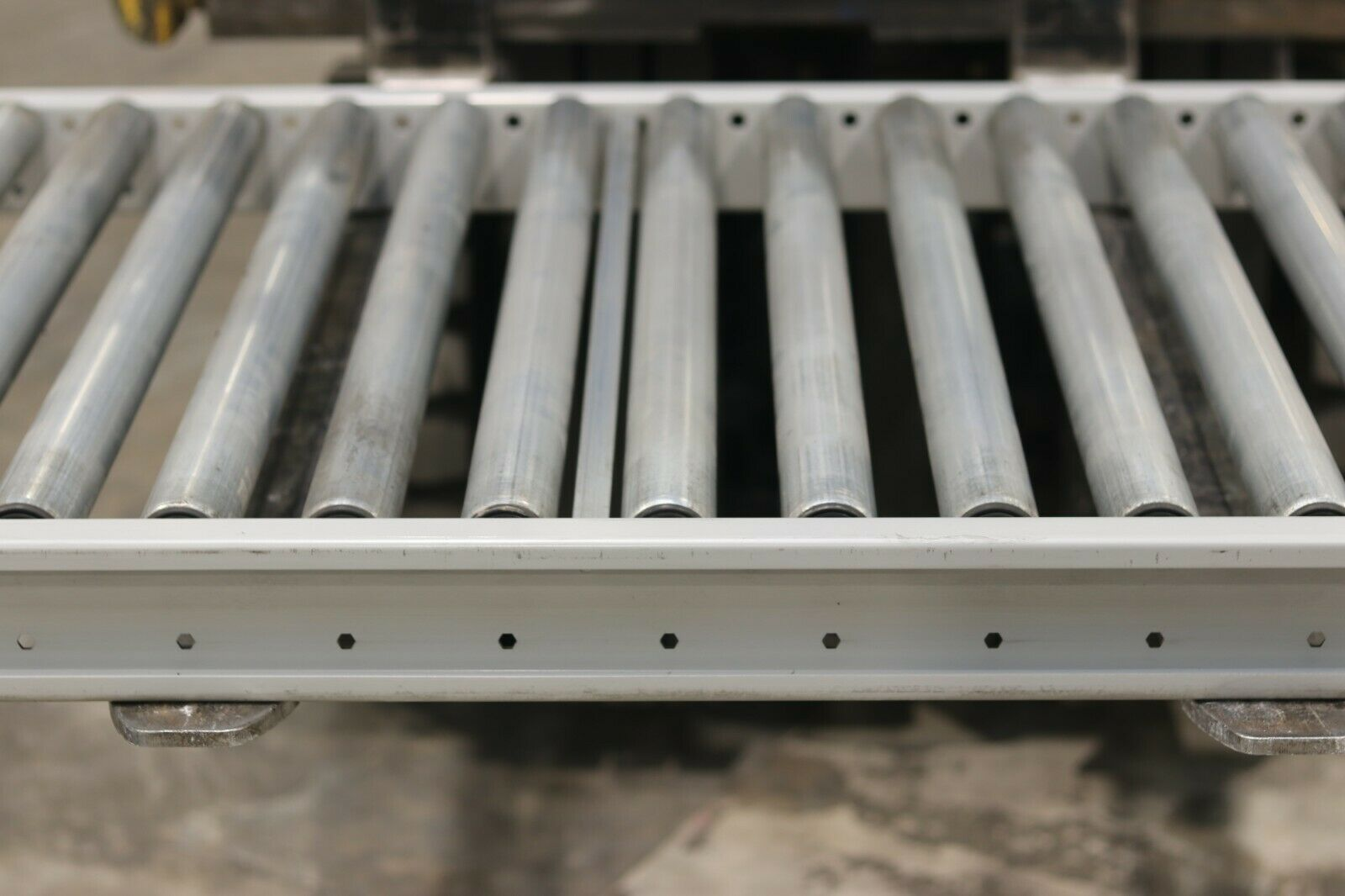 second hand gravity roller conveyors 800w